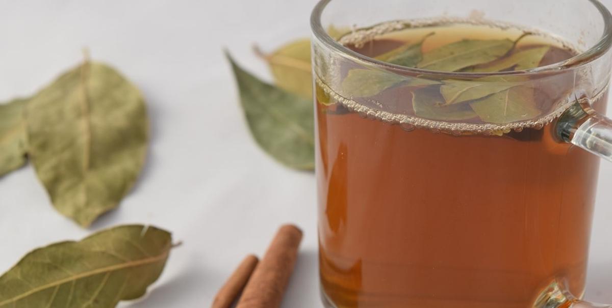 chá de louro e canela